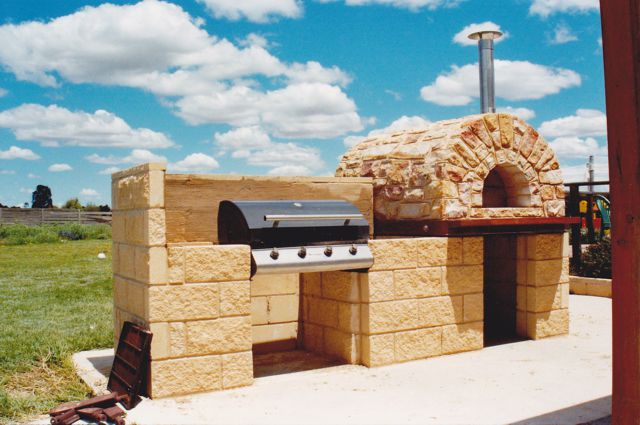 Wood Fired Ovens & Barbeques